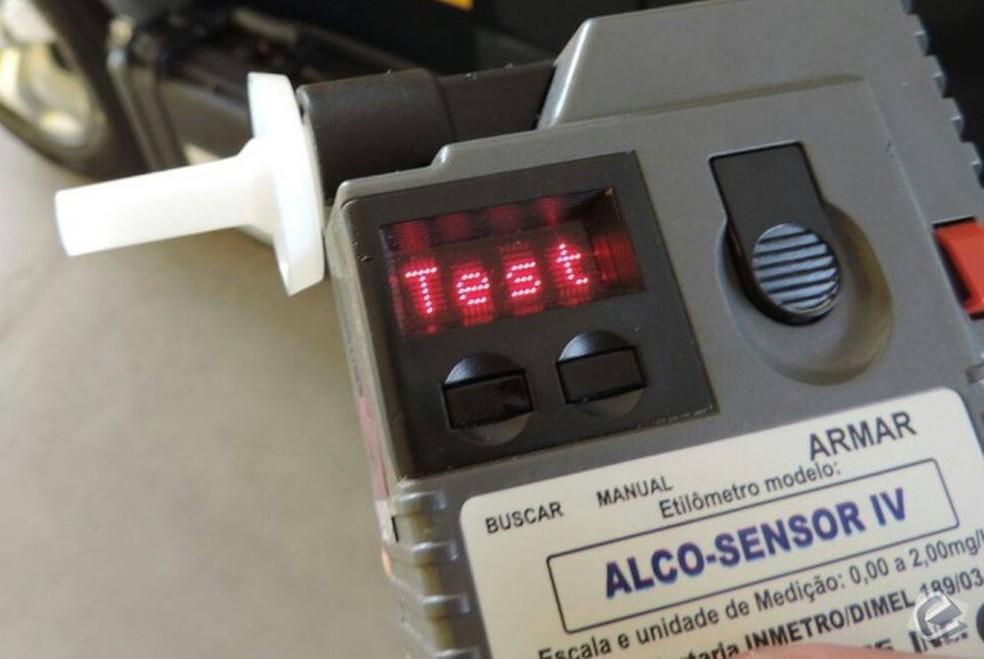 -  Alguns motoristas se recusaram a fazer o teste do bafômetro  Foto: PRF/ Divulgação
