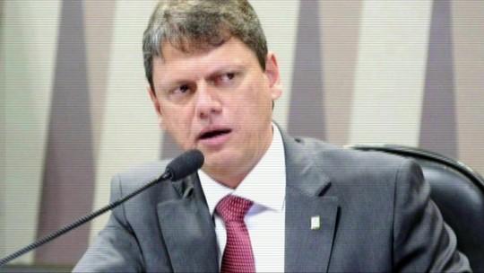 Aeroportos de Congonhas e Santos Dumont serão os últimos a serem leiloados, diz ministro