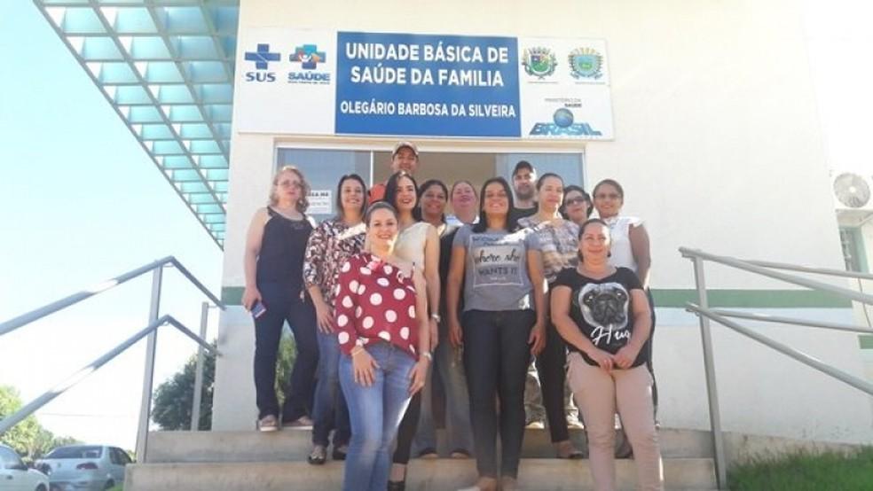 """A equipe de saúde de Alcinópolis: """"Nos tornamos uma família"""" — Foto: Jaqueline Barbosa/Arquivo pessoal"""