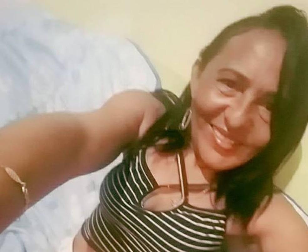 Morta a tiros, Katiana Vieira da Silva tinha 42 anos. (Foto: Arquivo pessoal)