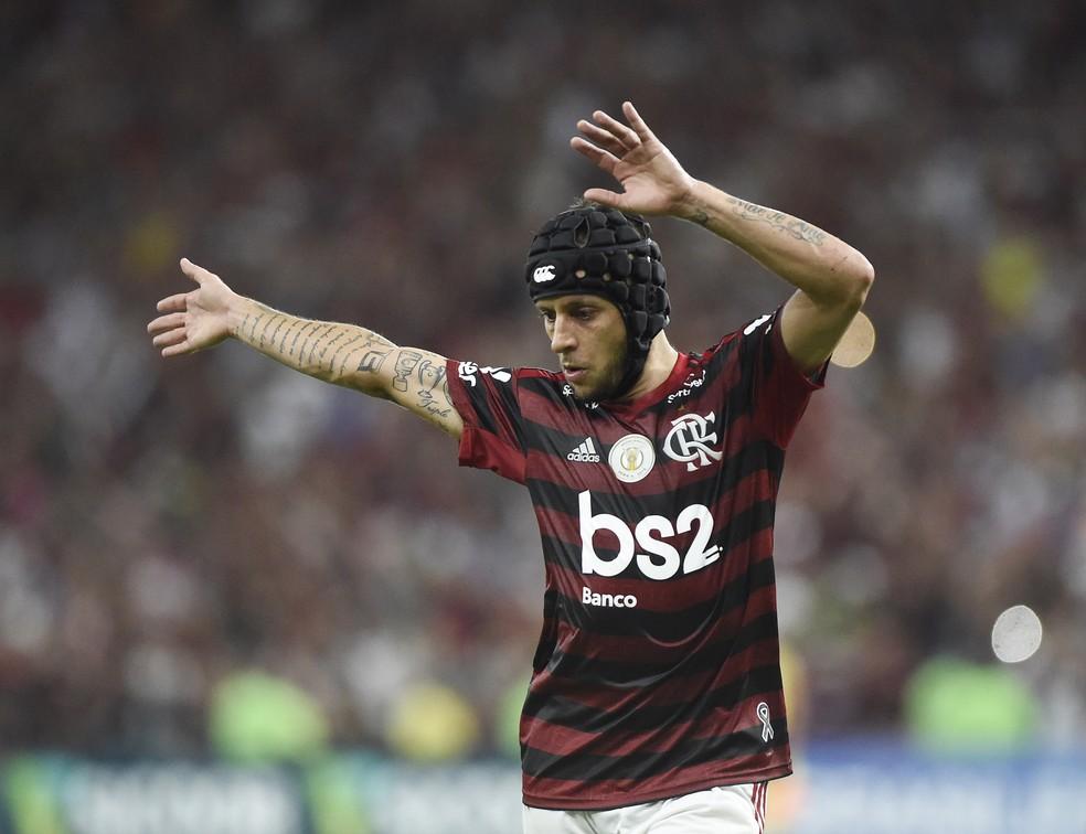 Rafinha comemoração Flamengo Vasco — Foto: André Durão
