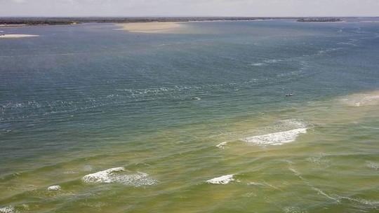 Mar avança sobre Rio São Francisco e afeta população ribeirinha em Alagoas
