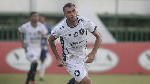 Edson Cariús marcou seu primeiro gol pelo Remo