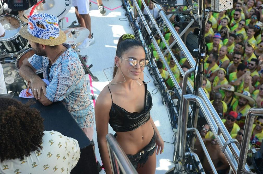 Bruna Marquezine no bloco de Ivete Sangalo — Foto: Márcio Reis/Ag Haack