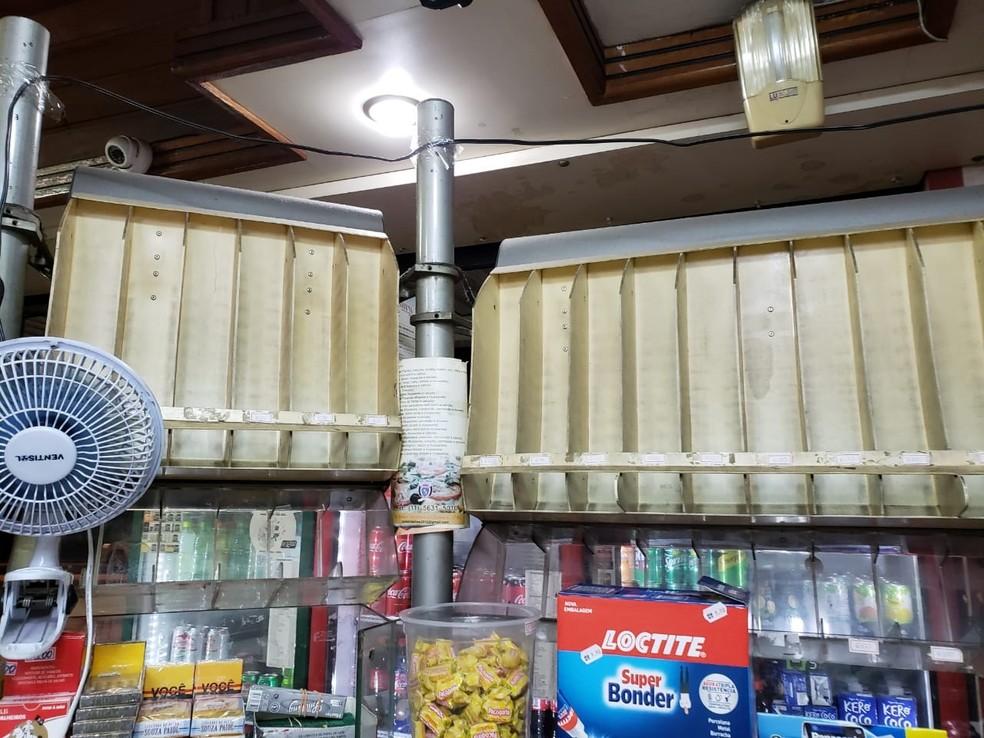 Padaria Sines retirou os cigarros das prateleiras e não está mais vendendo o produto — Foto: Arquivo pessoal