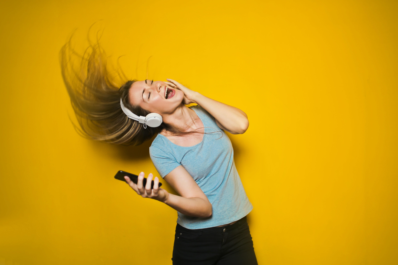 Música agitada (Foto: Bruce Mars/Unsplash)