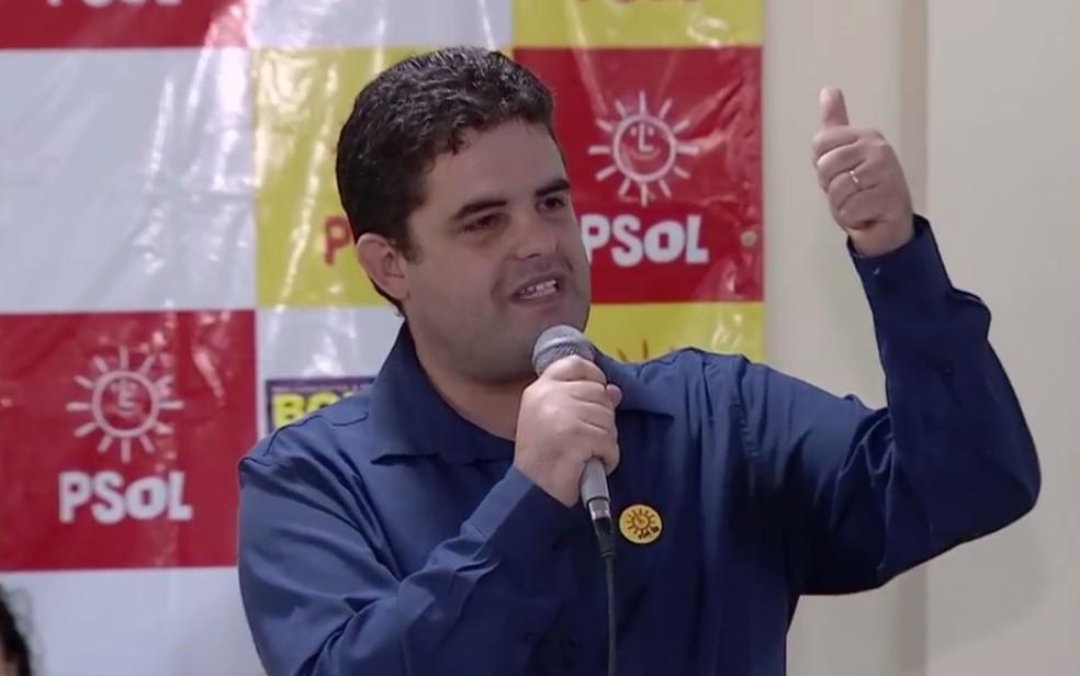 Professor Weslei Garcia é candidato a governador de Goiás (Foto: Reprodução/ TV Anhanguera)