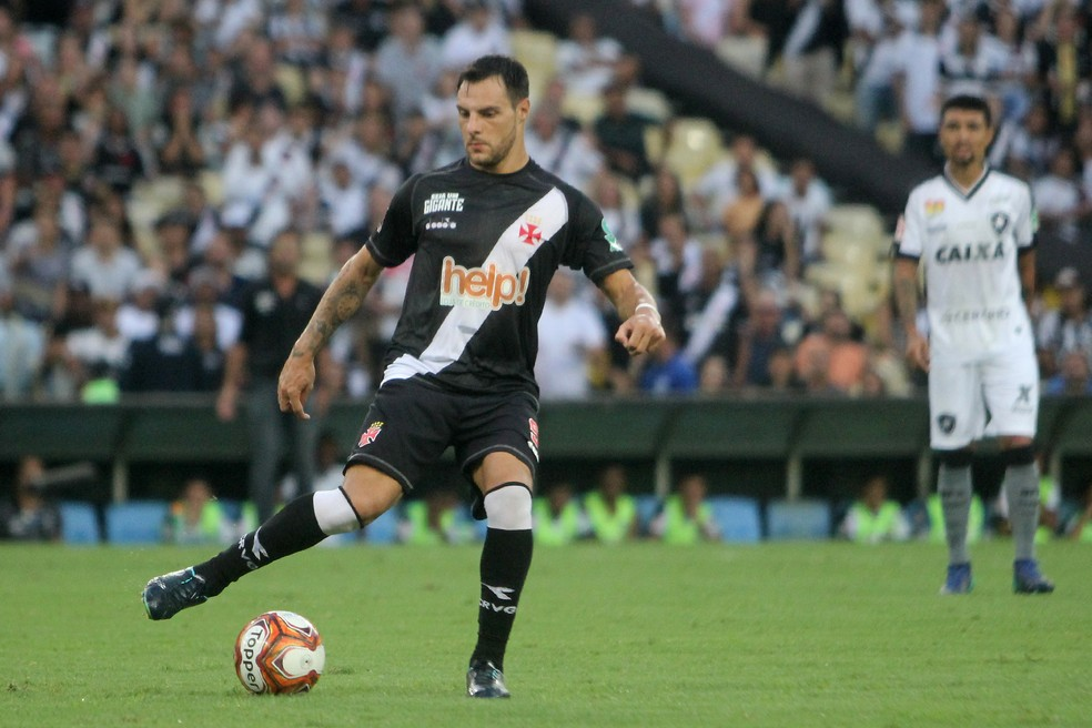 Desábato chegou neste ano e já conquistou a torcida do Vasco (Foto: Paulo Fernandes/Vasco)