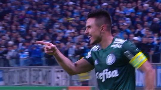 """Comentaristas rasgam elogios ao elenco e à atuação do Palmeiras: """"Impecável"""""""