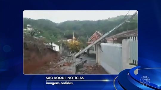 Chuva forte derruba muro na Vila Aguiar em São Roque