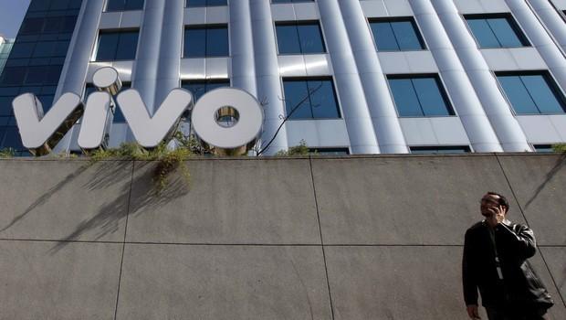 SEDE DA OPERADORA DE TELEFONIA MÓVEL VIVO, QUE PERTENCE À TELEFÔNICA  (Foto: NACHO DOCE/REUTERS)