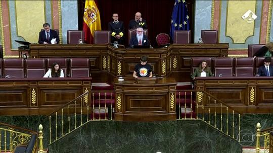 Novo Parlamento da Espanha tem a maior participação feminina na história do país