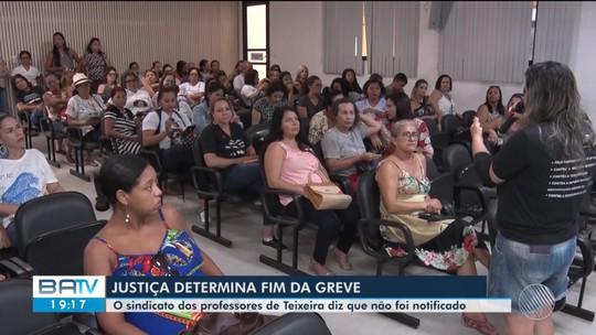 Em campanha salarial, professores de Teixeira de Freitas estão parados há 10 dias; TJ-BA determina fim de greve