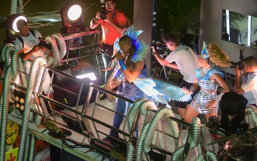 Léo Santana no terceiro dia do carnaval de Salvador, neste sábado (22) — Foto: Enaldo Pinto/Ag Haack