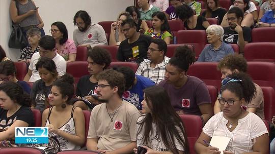 Professores decretam greve na UFPE por causa de bloqueio de verbas pelo MEC