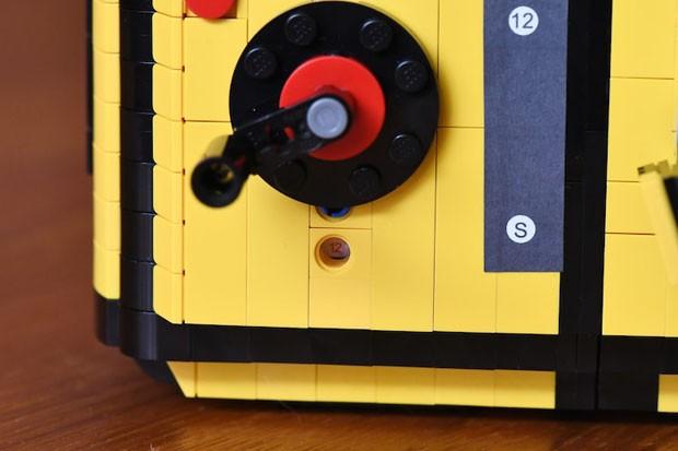 Designer e fotógrafa cria câmera feita de LEGO (Foto: Divulgação)