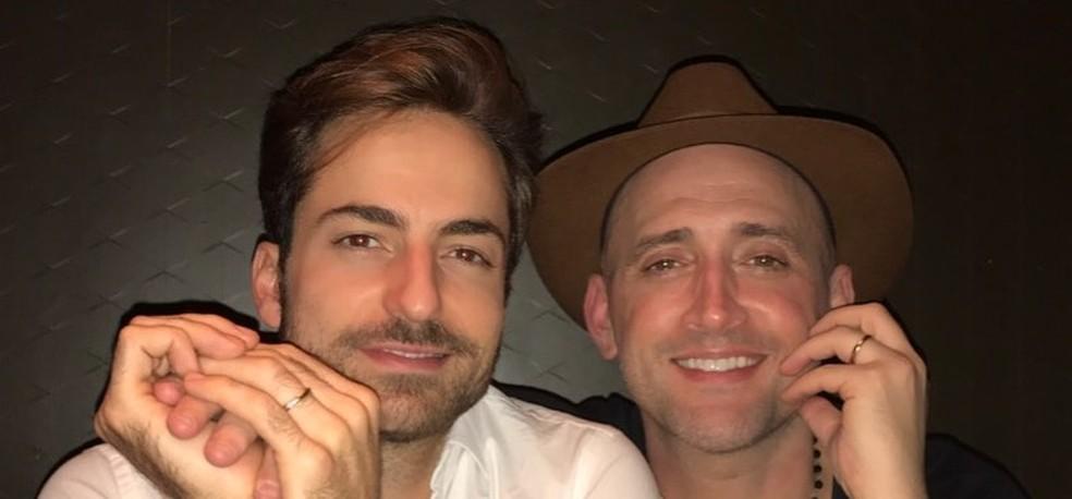 Thales Bretas e Paulo Gustavo: marido pediu orações para o ator internado com Covid — Foto: Reprodução/Redes Sociais