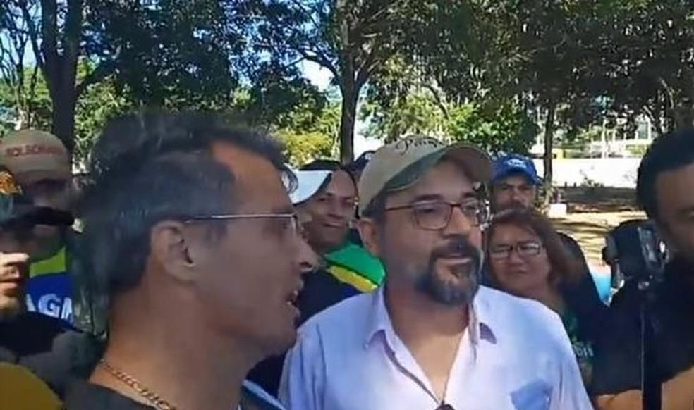 Abraham Weintraub em ato em Brasília — Foto: Jornal Nacional