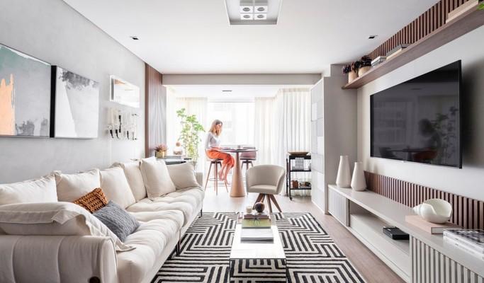 Mix de estilos e peças criam decoração afetiva em apê de 110 m²