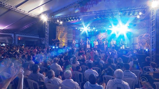 'Galpão Crioulo' reapresentou programa especial no Acampamento Farroupilha de Canoas; reveja