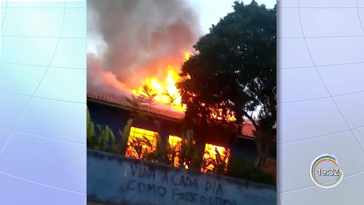 Incêndio em escola pública de Atibaia foi criminoso, diz polícia - G1