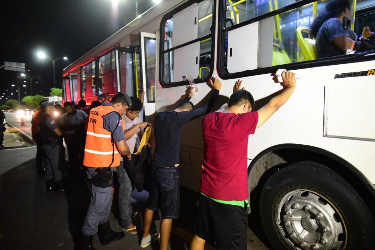 PM registra 190 prisões durante operações em ônibus no ano de 2017, em Manaus