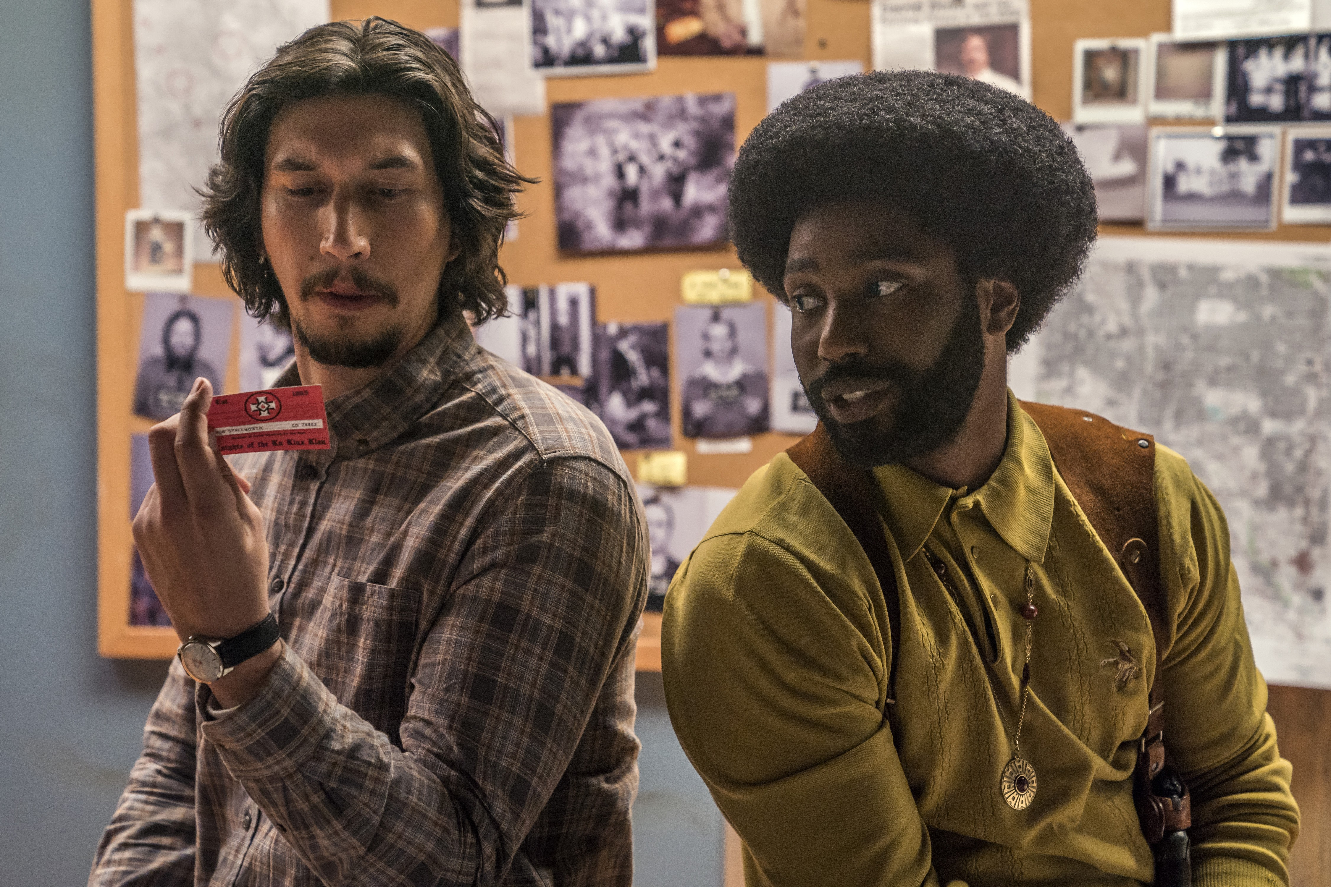 4117_D025_13343_R_CROPAdam Driver stars as Flip Zimmerman and John David Washington as Ron Stallworth in Spike Lee's BlacKkKlansman, a Focus Features release.Credit: David Lee / Focus Features (Foto: Divulgação)