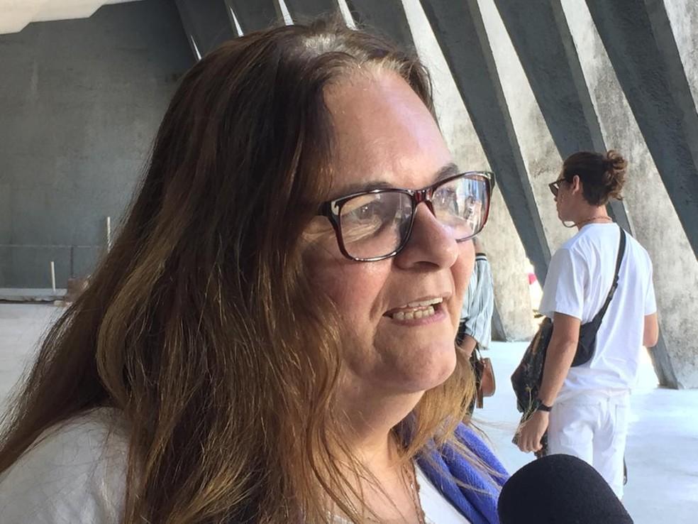 Sobrinha de Domingos e diretora de teatro Bia Oliveira — Foto: Alba Valéria Mendonça / G1