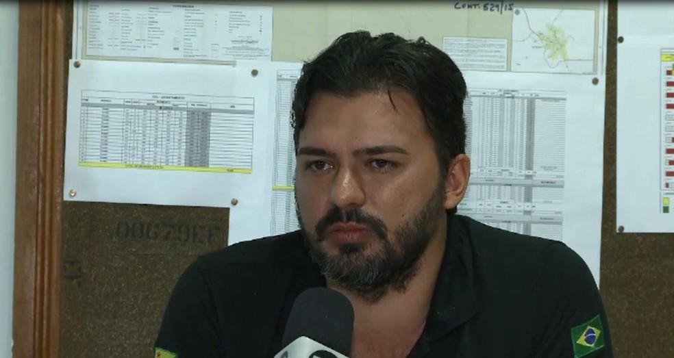 Superintendente do Dnit no Acre, Thiago Caetano, disse que obras na BR-364 vão continuar (Foto: Reprodução/Rede Amazônica Acre)