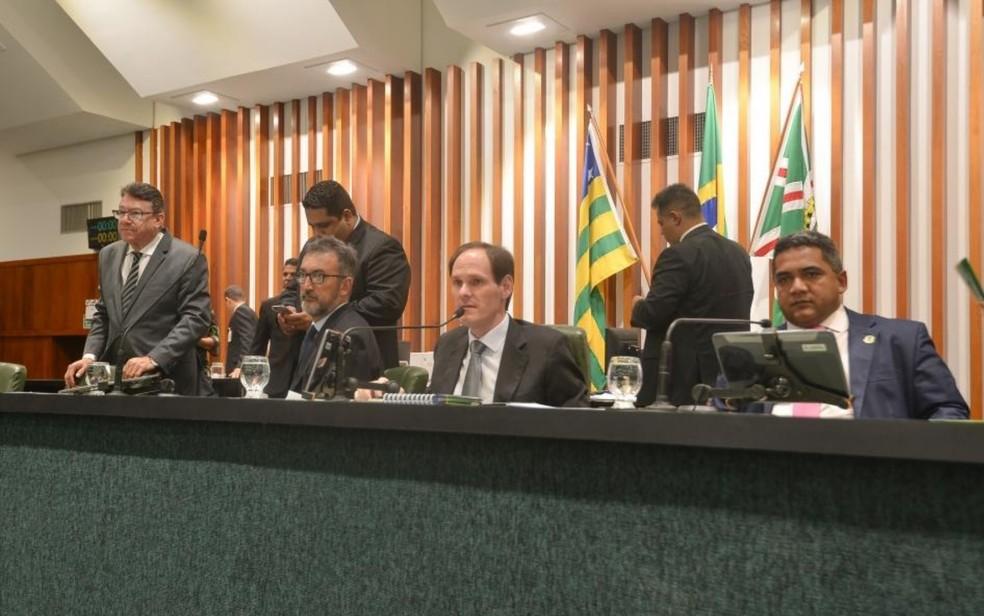 Sessão da Alego que aprovou extinção de 3ª classe na Segurança Pública de Goiás — Foto: Denise Xavier/Assembleia Legislativa