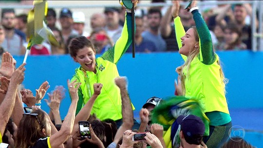 """Kahena fala em """"vergonha"""" um ano depois do ouro no Rio: """"Espírito olímpico se foi"""""""