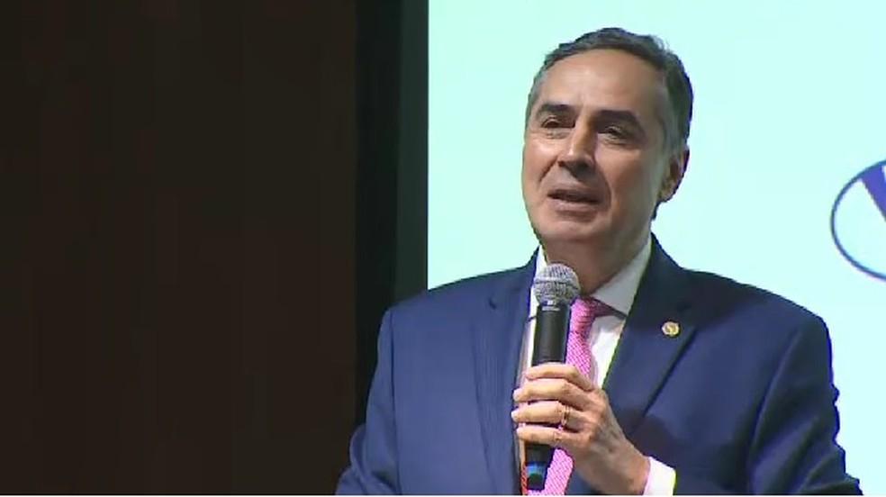 Ministro Barroso, do STF, durante palestra em São José dos Campos — Foto: Reprodução/ TV Vanguarda