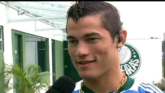 Sem clube, herói do Palmeiras na Copa do Brasil de 2012 mantém forma no Náutico
