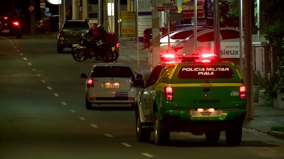Decreto flexibiliza e institui toque de recolher entre meia-noite e 5h a partir de segunda (10) no Piauí