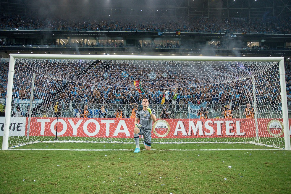 Marcelo Grohe contra o Independiente (Foto: Lucas Uebel / Grêmio, DVG)