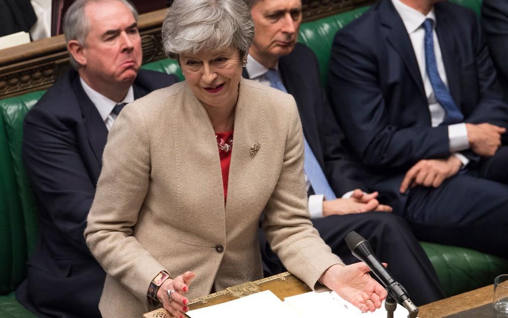 A primeira-ministra britânica, Theresa May, fala no Parlamento, em Londres, na sexta-feira (29) — Foto: Mark Duffy/House of Commons via AP