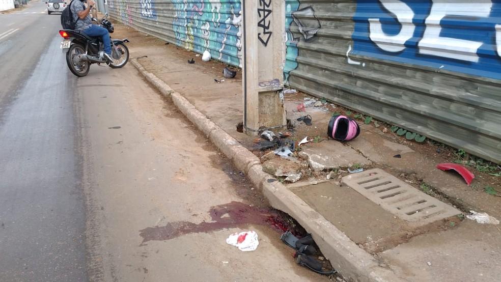 Acidente ocorreu nesta terça-feira (8) na Rua Isaura Parente, em Rio Branco — Foto: Lidson Almeida/Rede Amazônica
