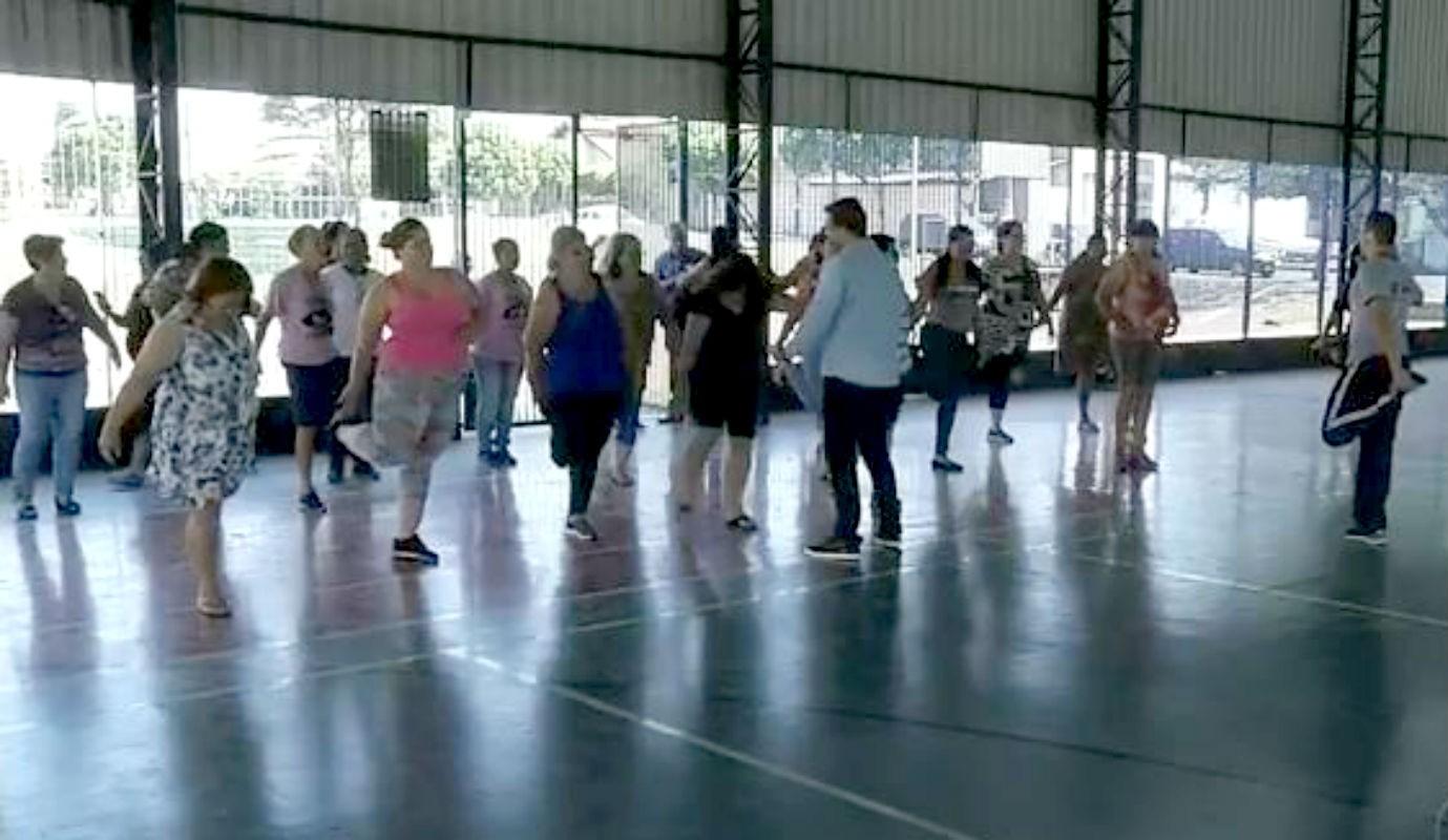 Projeto gratuito ajuda moradores de Tarumã a combater a obesidade