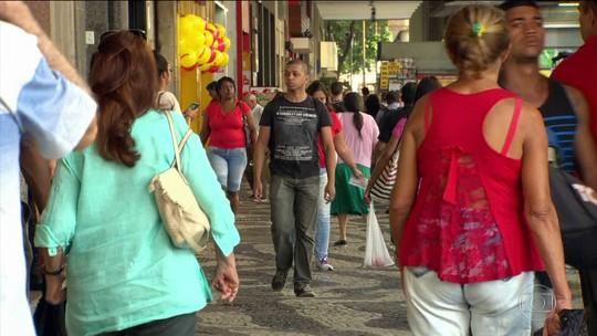 Mulheres ganham menos que os homens: diferença de 22,5%, diz IBGE