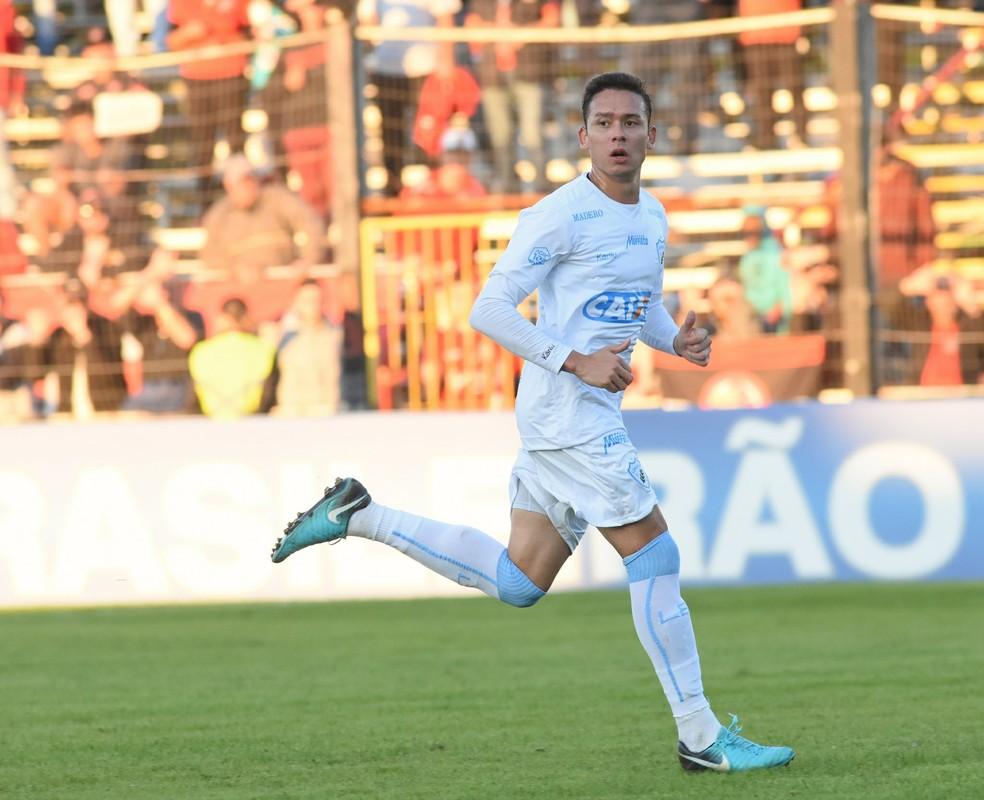 Keirrison foi anunciado, mas não chegou a atuar pelo CSA — Foto: Gustavo Oliveira/Londrina Esporte Clube