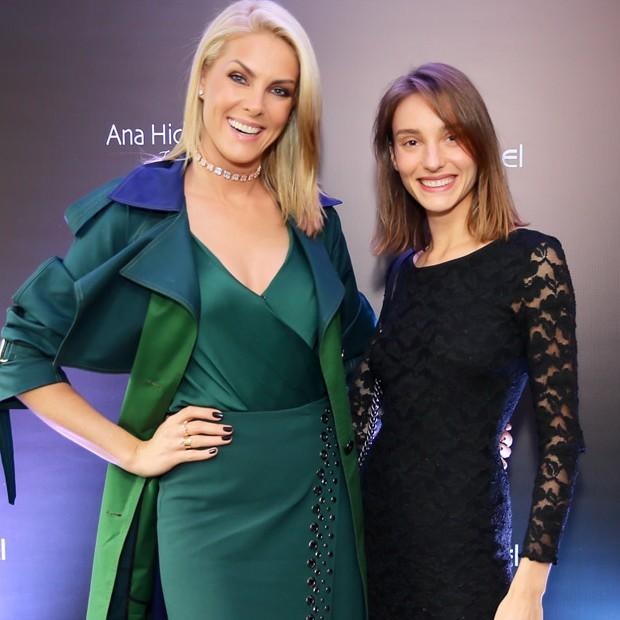 Ana e Isabel Hickmann (Foto: Manuela Scarpa/Brazil News)