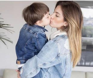 Bruna Hamú com seu filho, Júlio  | Arquivo pessoal