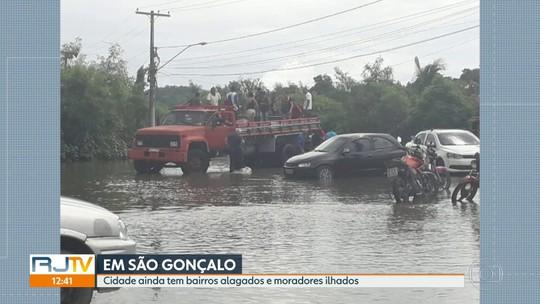 Em São Gonçalo, três dias depois do temporal ainda tem bairro alagado
