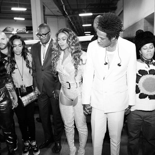 Beyoncé com Jay-Z e os pais, Tina Knowles e Matthew Knowles (Foto: Reprodução/Instagram)