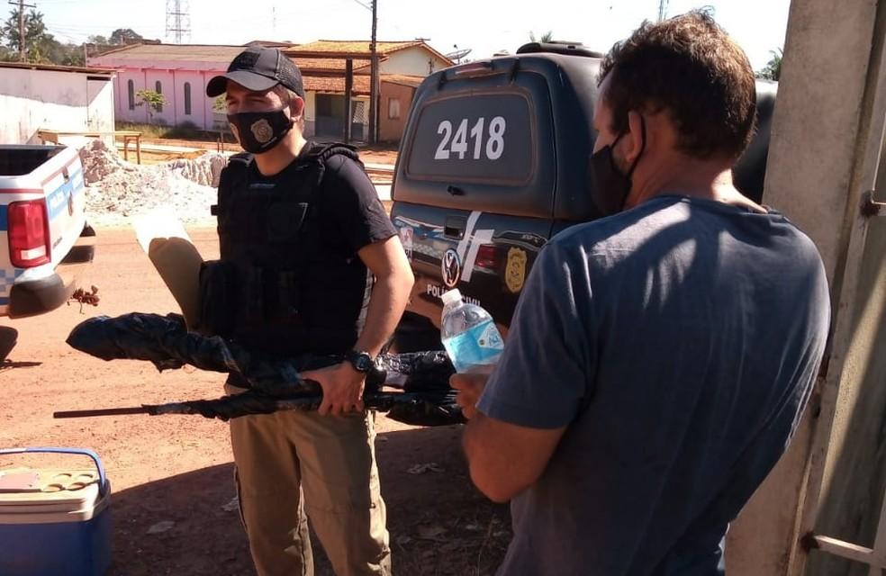 Metralha foi transferido durante operação integrada das Polícias Civil e Militar de Placas e Rurópolis — Foto: Divulgação
