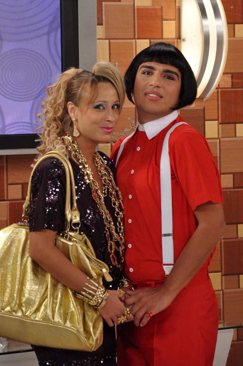 Katiuscia Canoro e Caike Luna como Lady Kate e Cleitom no Zorra Total (Foto:   TV Globo / João Cotta)