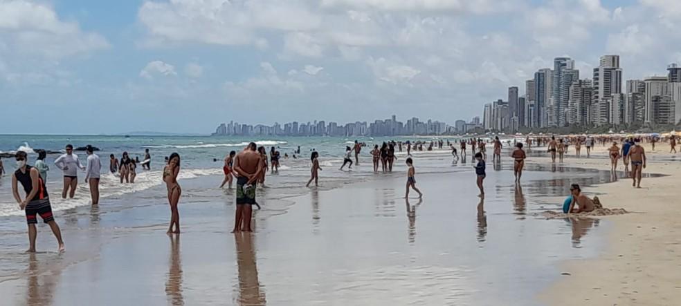 Praia de Boa Viagem, na Zona Sul do Recife, em janeiro deste ano — Foto: Giuliano Roque/TV Globo