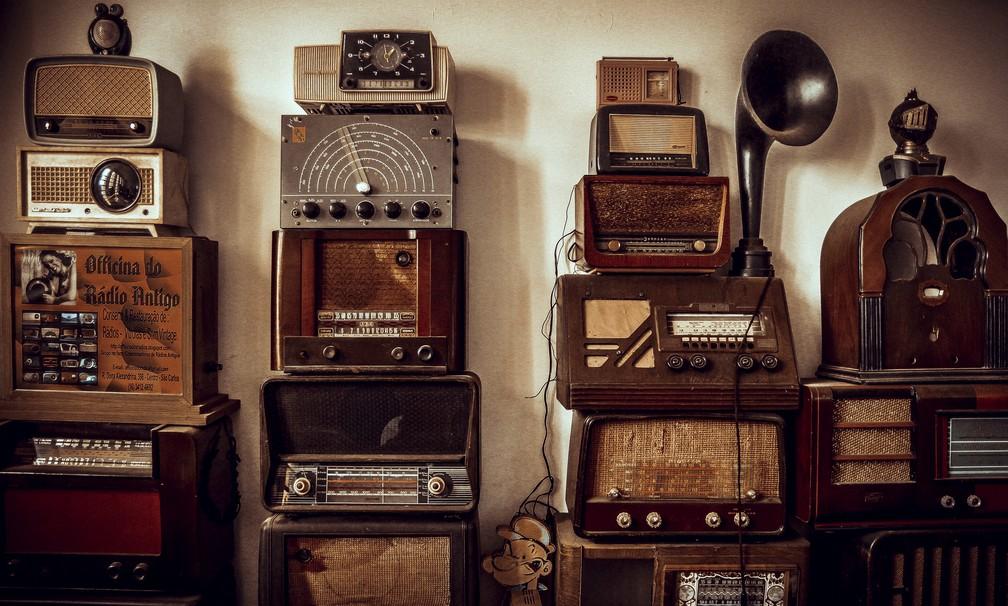 Restaurador reúne 540 aparelhos em coleção (Foto: Fabio Rodrigues/G1)