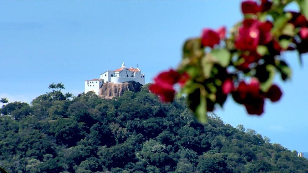 Convento da Penha, um dos principais pontos turísticos do ES  — Foto: Reprodução/ TV Gazeta