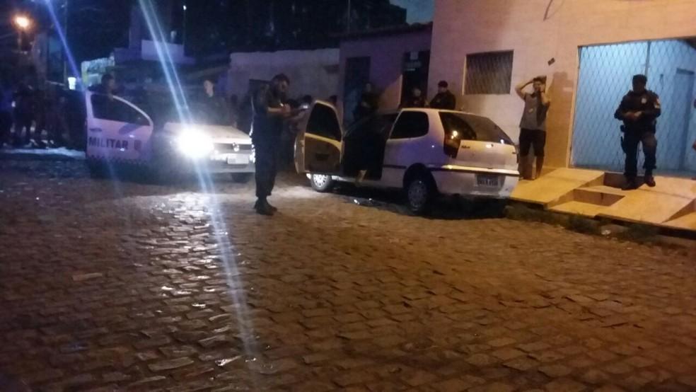Jovem é morto a tiros na Zona Oeste de Natal (Foto: Sérgio Henrique Santos/Inter TV Cabugi)
